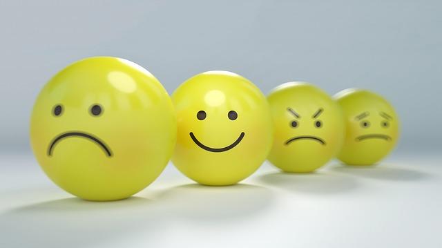 čtyři emotikony