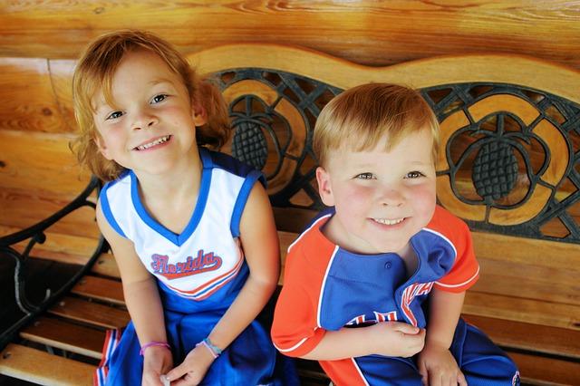 děti na lavici